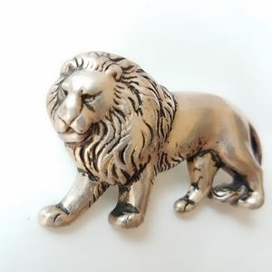 Silver Tone Antiqued Metal Lion Figural Pin Brooch